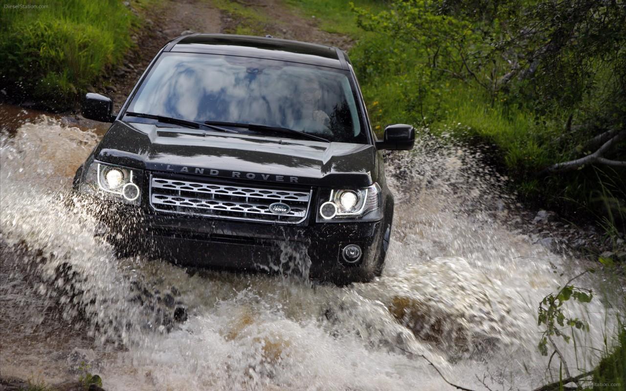Land-Rover-Freelander-2-2013-widescreen-24